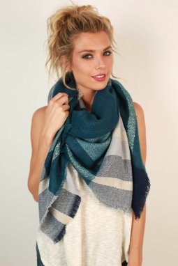1607183366000-2016072110180800-fb1cd65dbundle-up-beauty-blanket-scarf-in-riverside_1024x1024